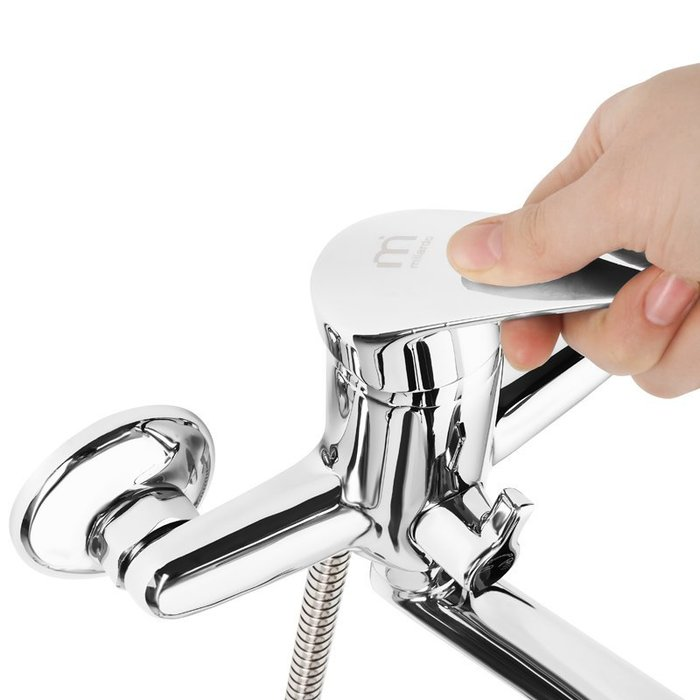 Смеситель для ванны с длинным изливом  с керамическим дивертором, Hudson, Milardo, HUDSBLCM10