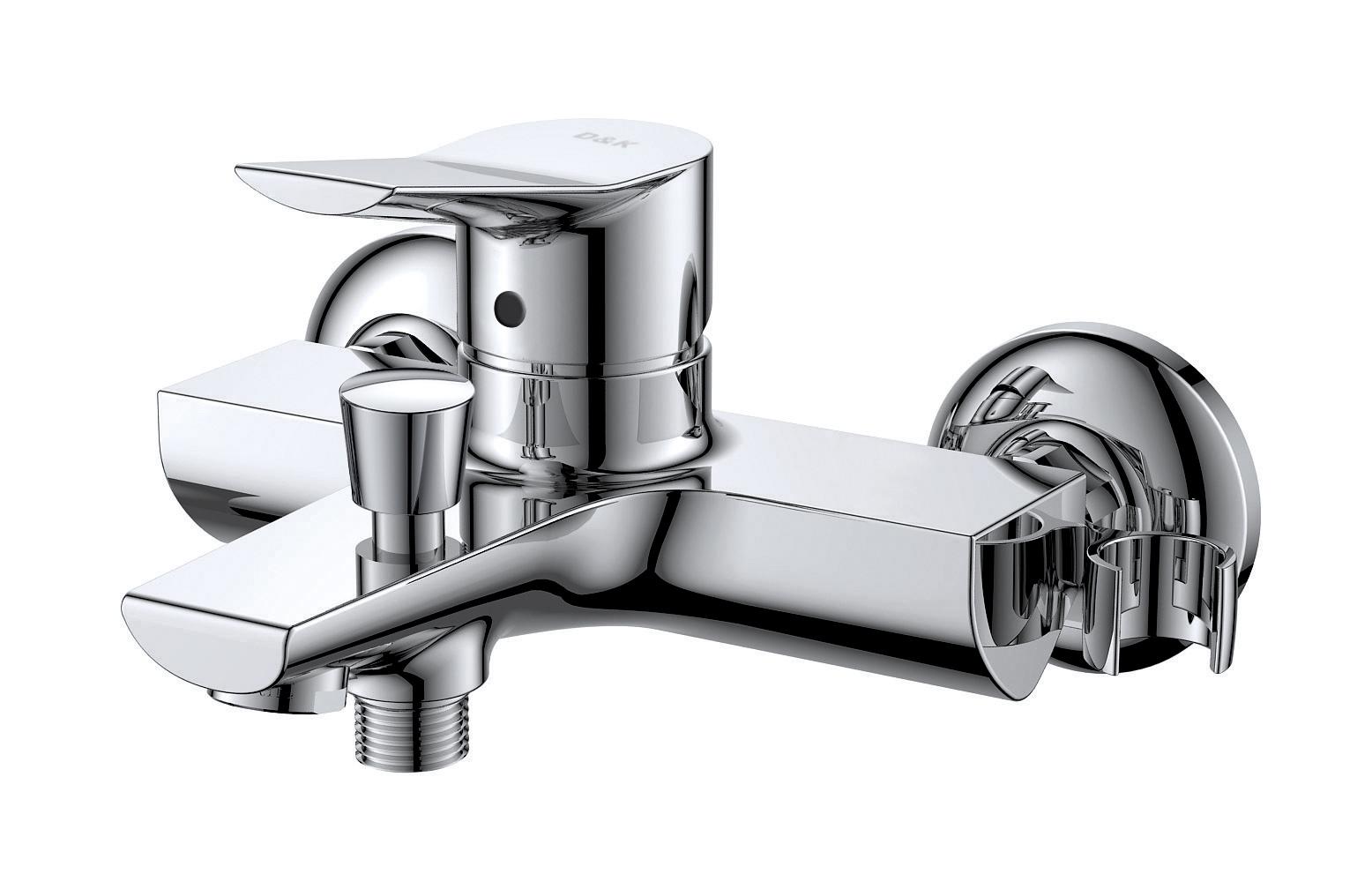 Смеситель для ванны с душем D&K Rhein.Mosel DA1263201 короткий излив хром